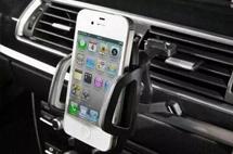 为何研发上亿的车载智能系统,抵不过一个10元的手机支架?
