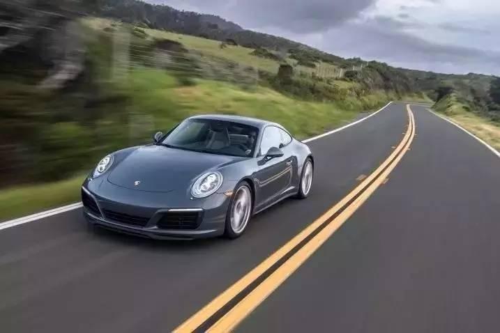豪华运动型轿车——保时捷911