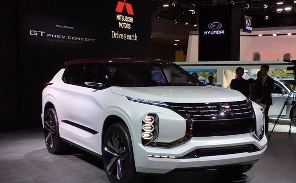 欧蓝德和新一代三菱SUV概念车亮相车展高清图片